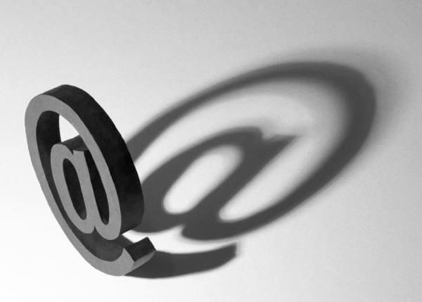Ajouter un lien pour envoyer la page par e-mail